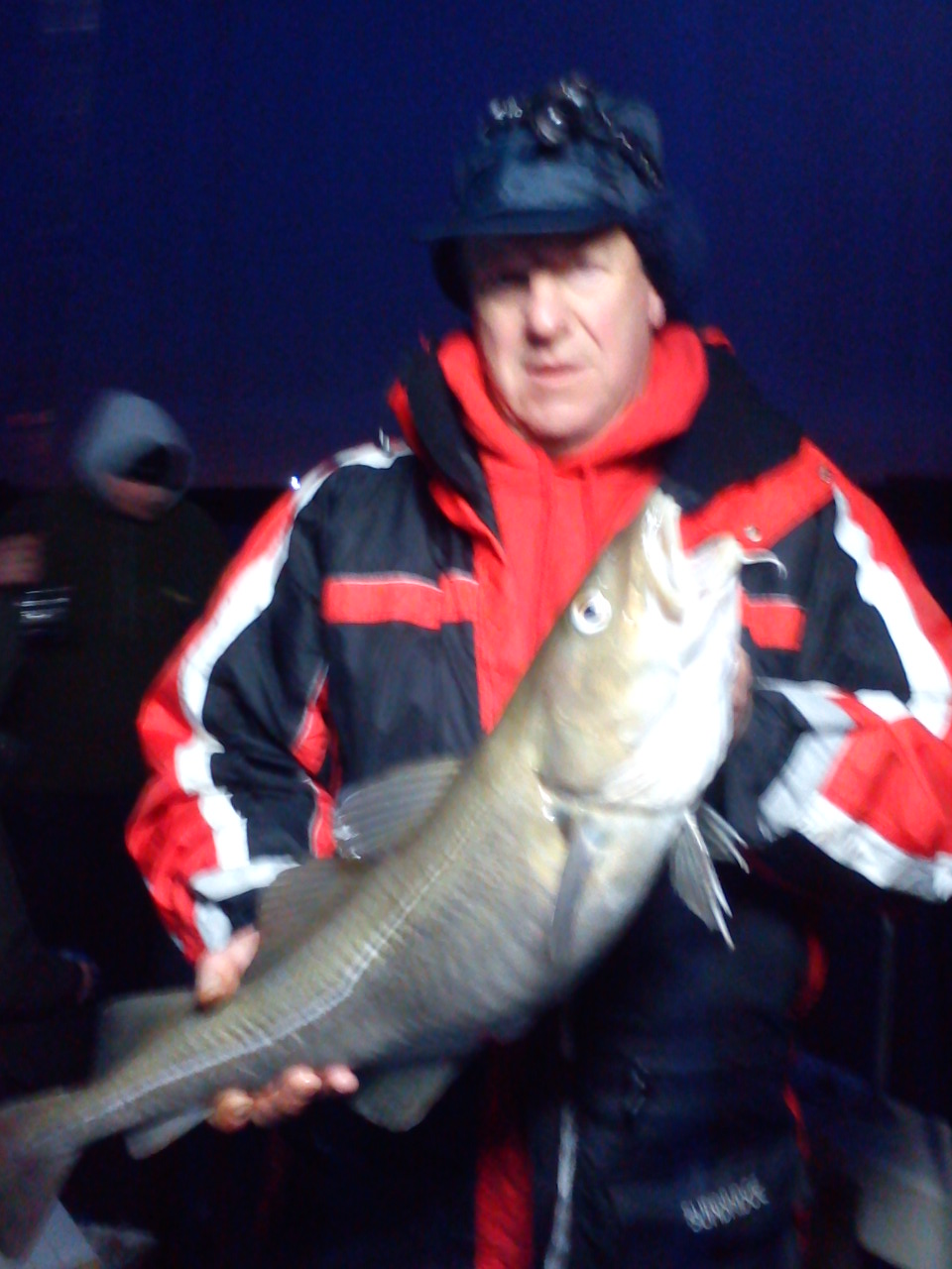 http://www.tuskarcharters.co.uk/media/anglinggall/Simmos 8 pounder.JPG