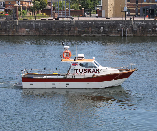 http://www.tuskarcharters.co.uk/media/tuskar2014gall/04.jpg