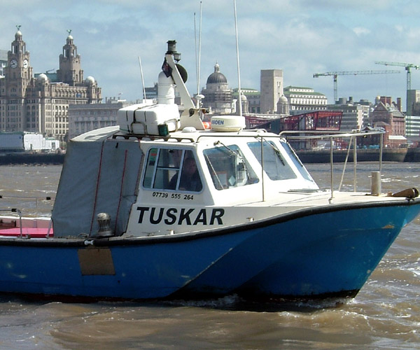 http://www.tuskarcharters.co.uk/media/tuskargall/003.JPG